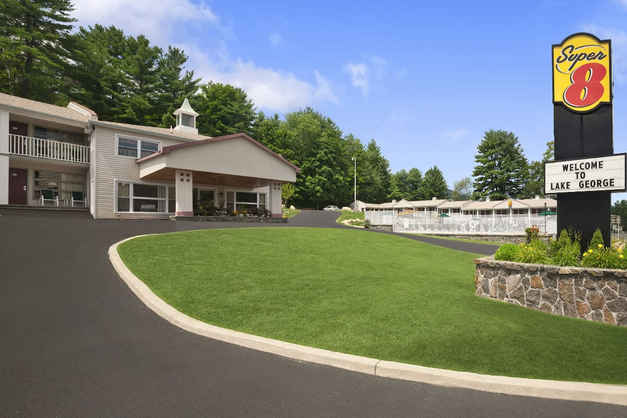 Super 8 by Wyndham Lake George/Downtown in  Queensbury,  New York