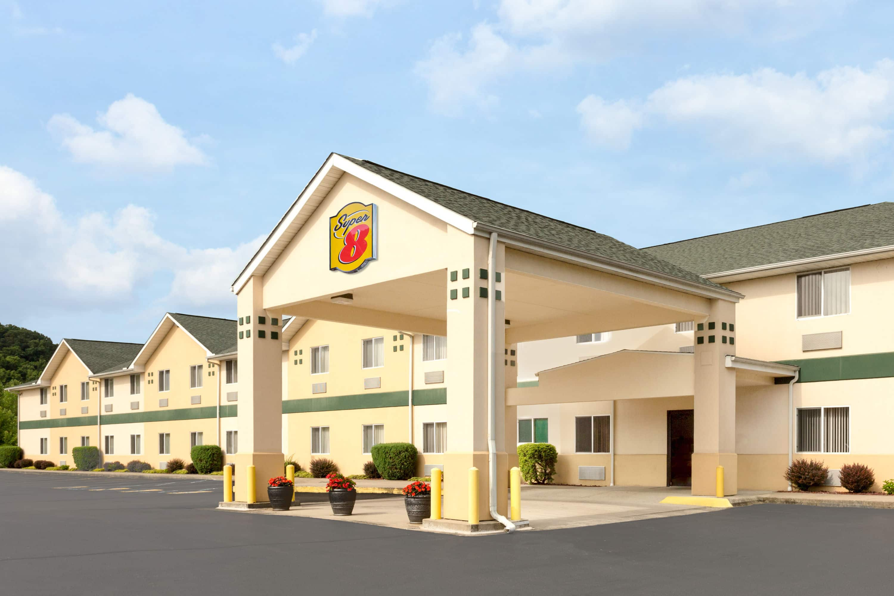 Best Exterior Of Super Athens Hotel In Ohio With Hotels Near Hocking Hills State Park Tn