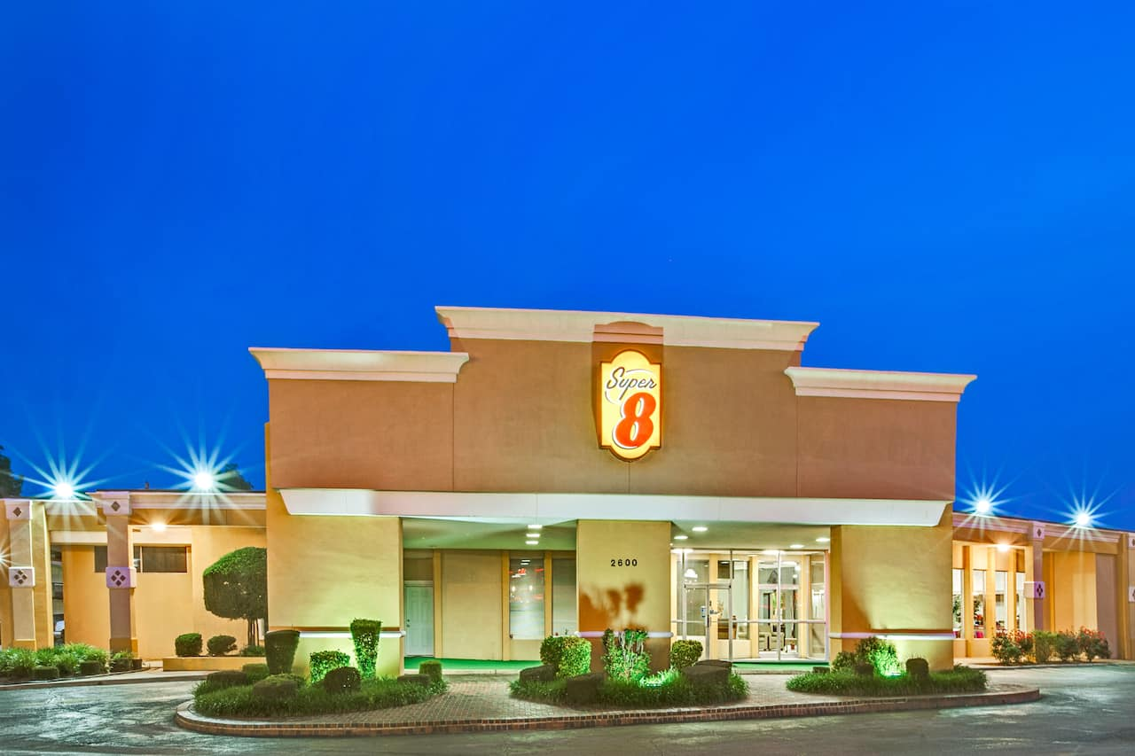 Super 8 by Wyndham Norman in  Moore,  Oklahoma