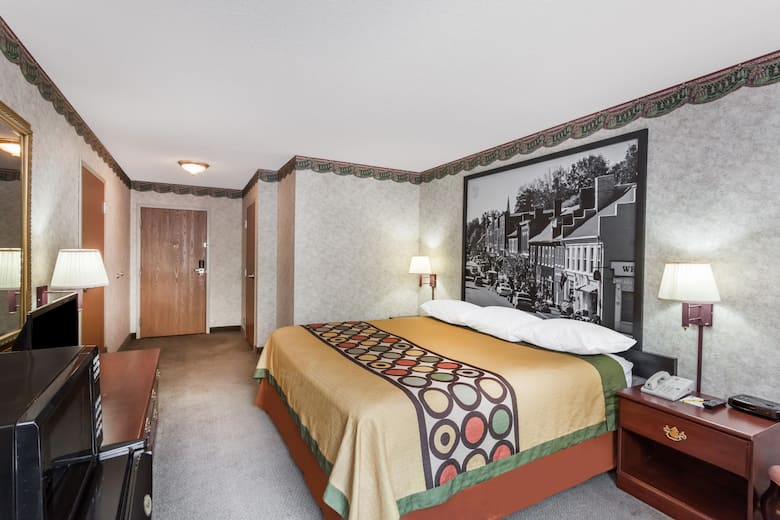 Guest Room At The Super 8 By Wyndham Erwin In Tennessee