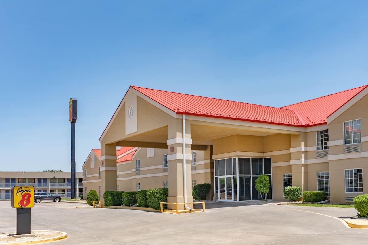 Super 8 by Wyndham Amarillo West in  Amarillo,  Texas