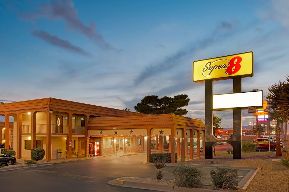 Exterior Of Super 8 El Paso Airport Hotel In Texas