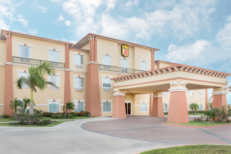 Super 8 by Wyndham Hidalgo/McAllen Area | Hidalgo, TX Hotels