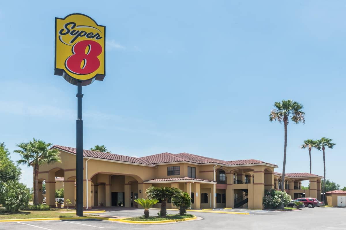 Exterior Of Super 8 Weslaco Hotel In Texas