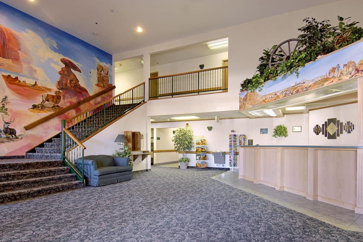 Super 8 By Wyndham Blanding Hotel Lobby In Utah