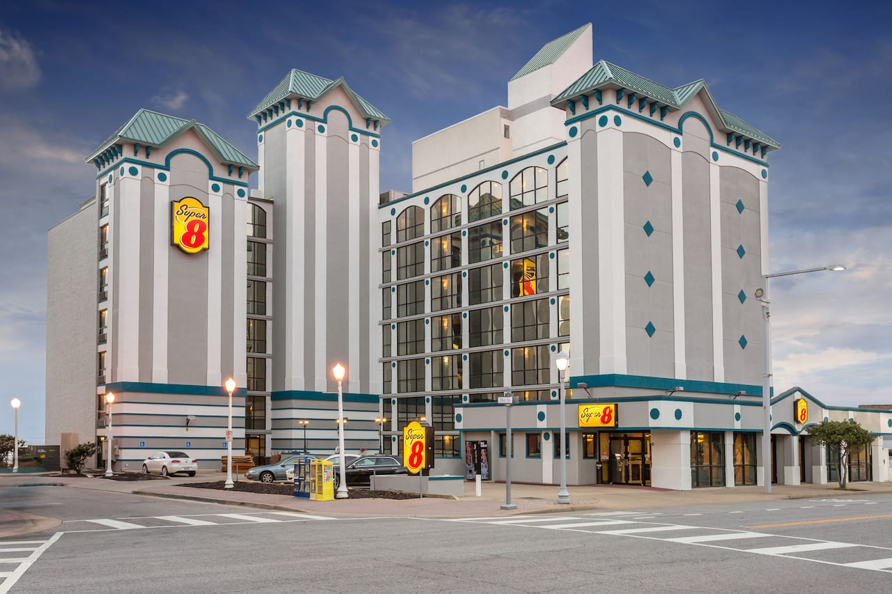 Super 8 by Wyndham Virginia Beach Oceanfront in  Virginia Beach,  Virginia