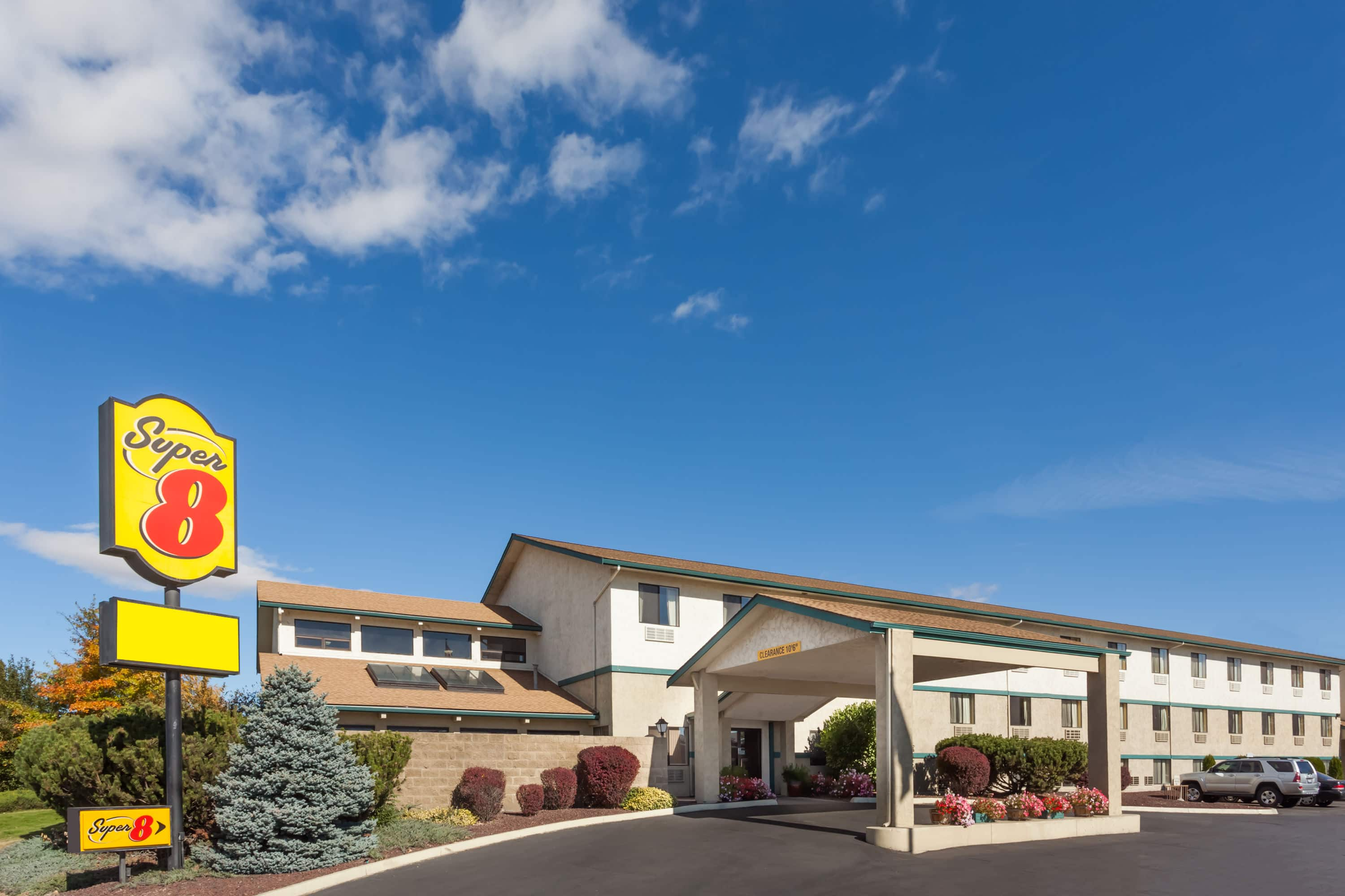 Best Exterior Of Super Ellensburg Hotel In Washington With Hotels Truck Parking