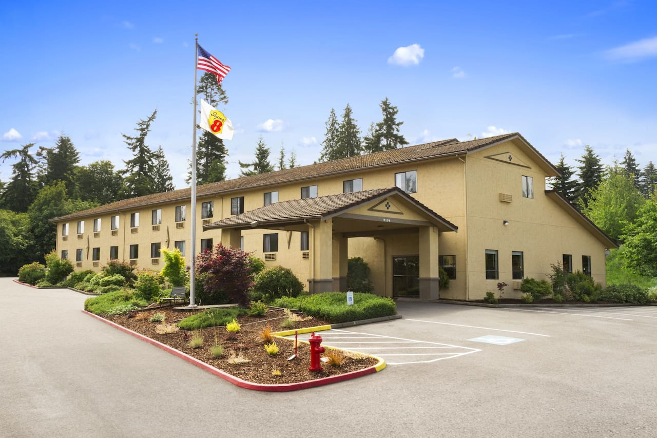 Super 8 by Wyndham Port Angeles at Olympic National Park in  Victoria,  British_Columbia