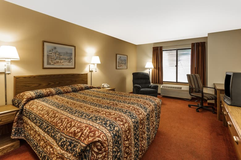 Guest Room At The Super 8 By Wyndham Watertown Wi In Wisconsin