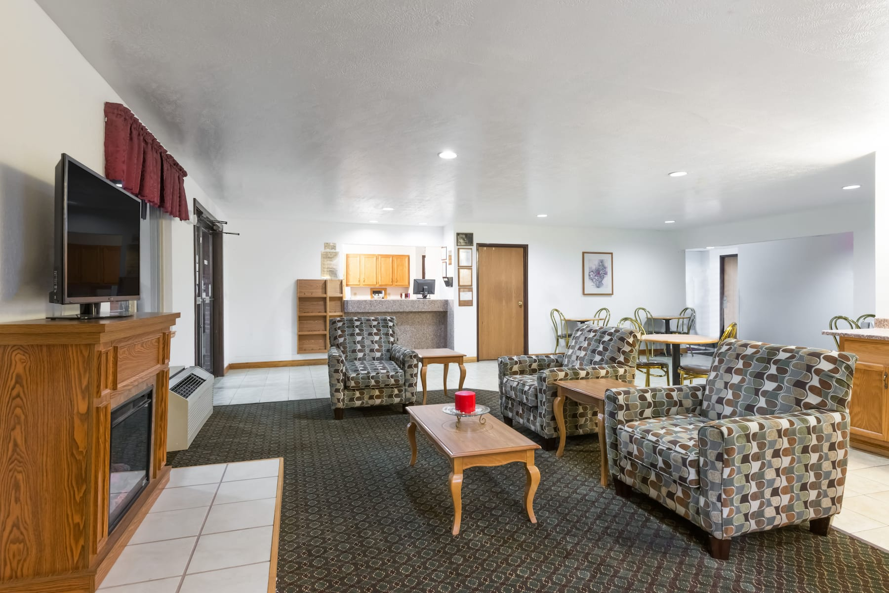 Super 8 By Wyndham Fairmont Fairmont Wv Hotels