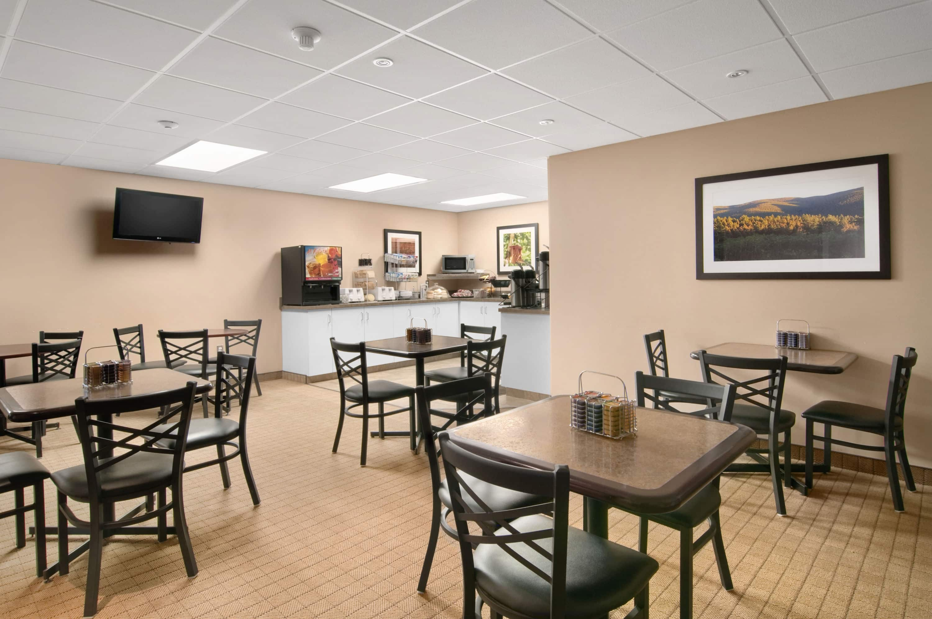 Furniture stores in red deer ab - Affordable Travelodge Red Deer Restaurant In Red Deer Alberta With Furniture Stores Red Deer Alberta