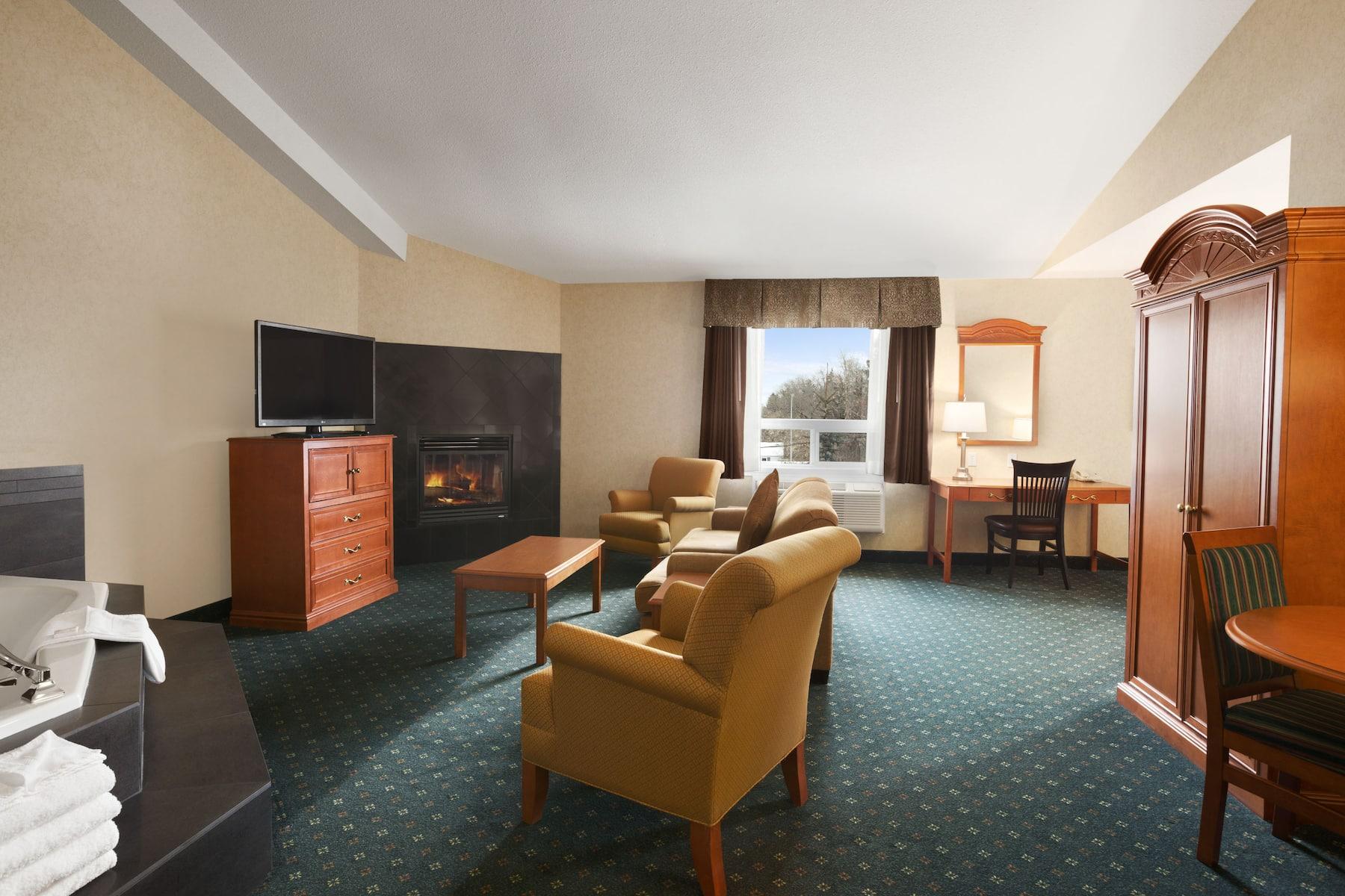 Travelodge By Wyndham Strathmore Strathmore Ab Hotels