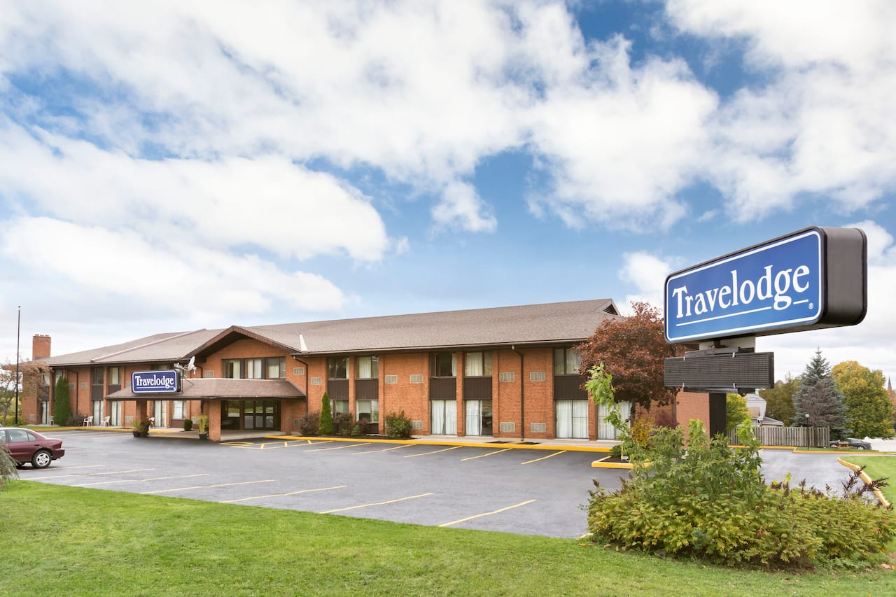 Travelodge by Wyndham Owen Sound in  Port Elgin,  Ontario