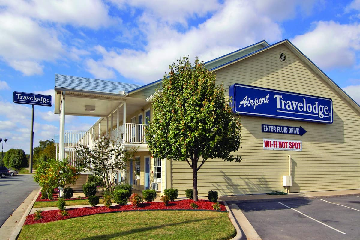 Exterior Of Travelodge By Wyndham Little Rock Airport Hotel In Arkansas