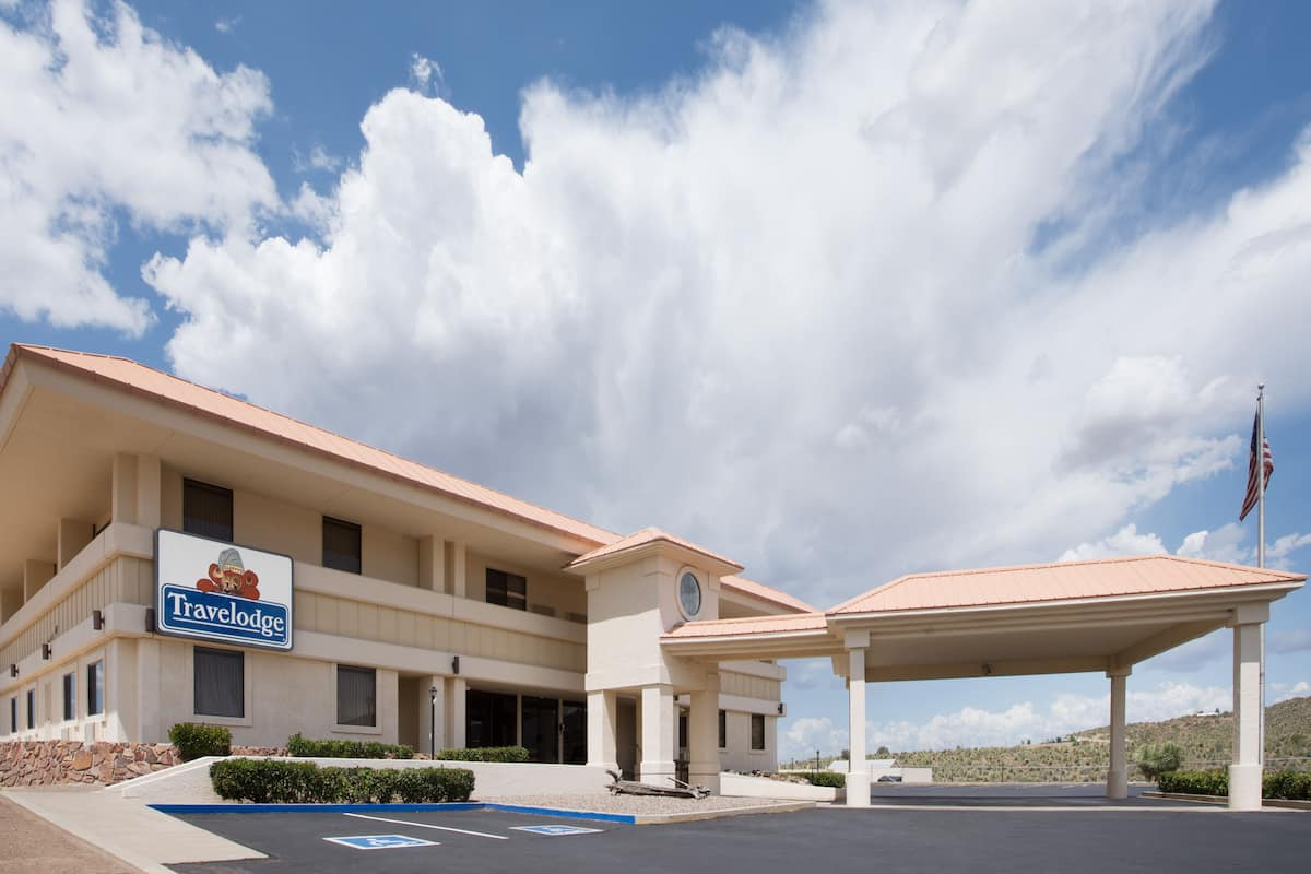 Exterior Of Travelodge Globe Az Hotel In Arizona