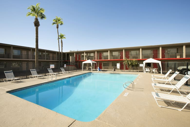 Pool At The Travelodge Phoenix North In Arizona