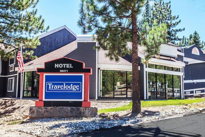 Travelodge by Wyndham Big Bear Lake CA   Big Bear Lake, CA Hotels