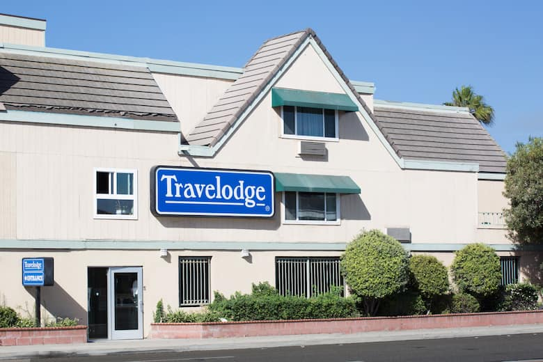 Exterior Of Travelodge By Wyndham Ocean Front Hotel In Sunset Beach California