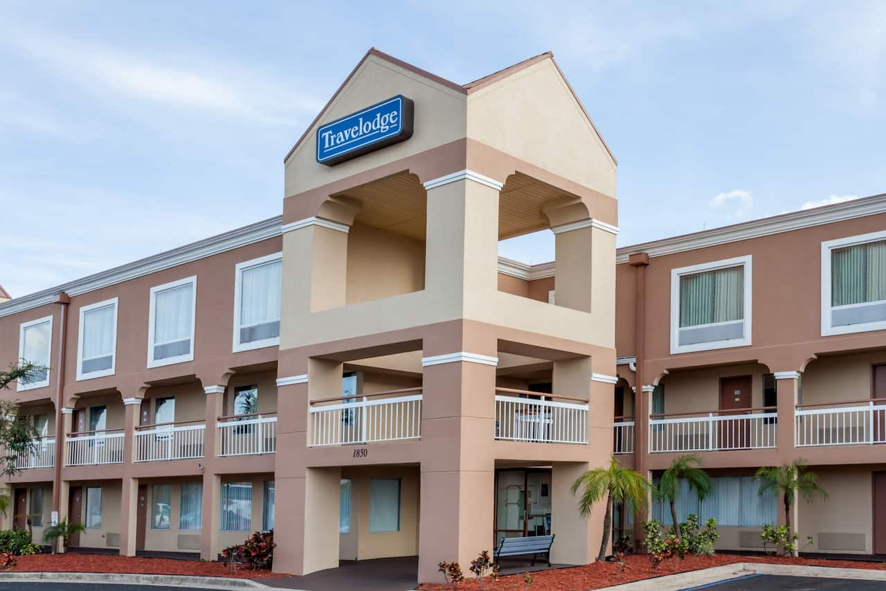 Travelodge by Wyndham Orlando Near Florida Mall à Orlando, Floride