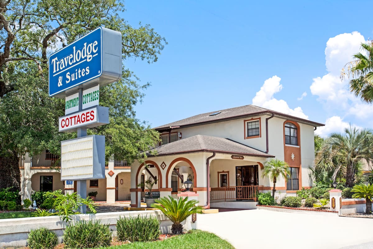 Exterior Of Travelodge By Wyndham Suites St Augustine Hotel In Saint Florida