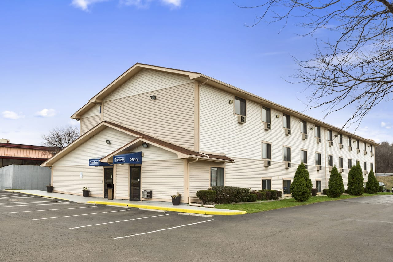 Travelodge Battle Creek in  Kalamazoo,  Michigan