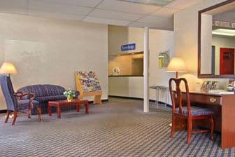 Travelodge Cleveland Lakewood Hotel Lobby In Ohio