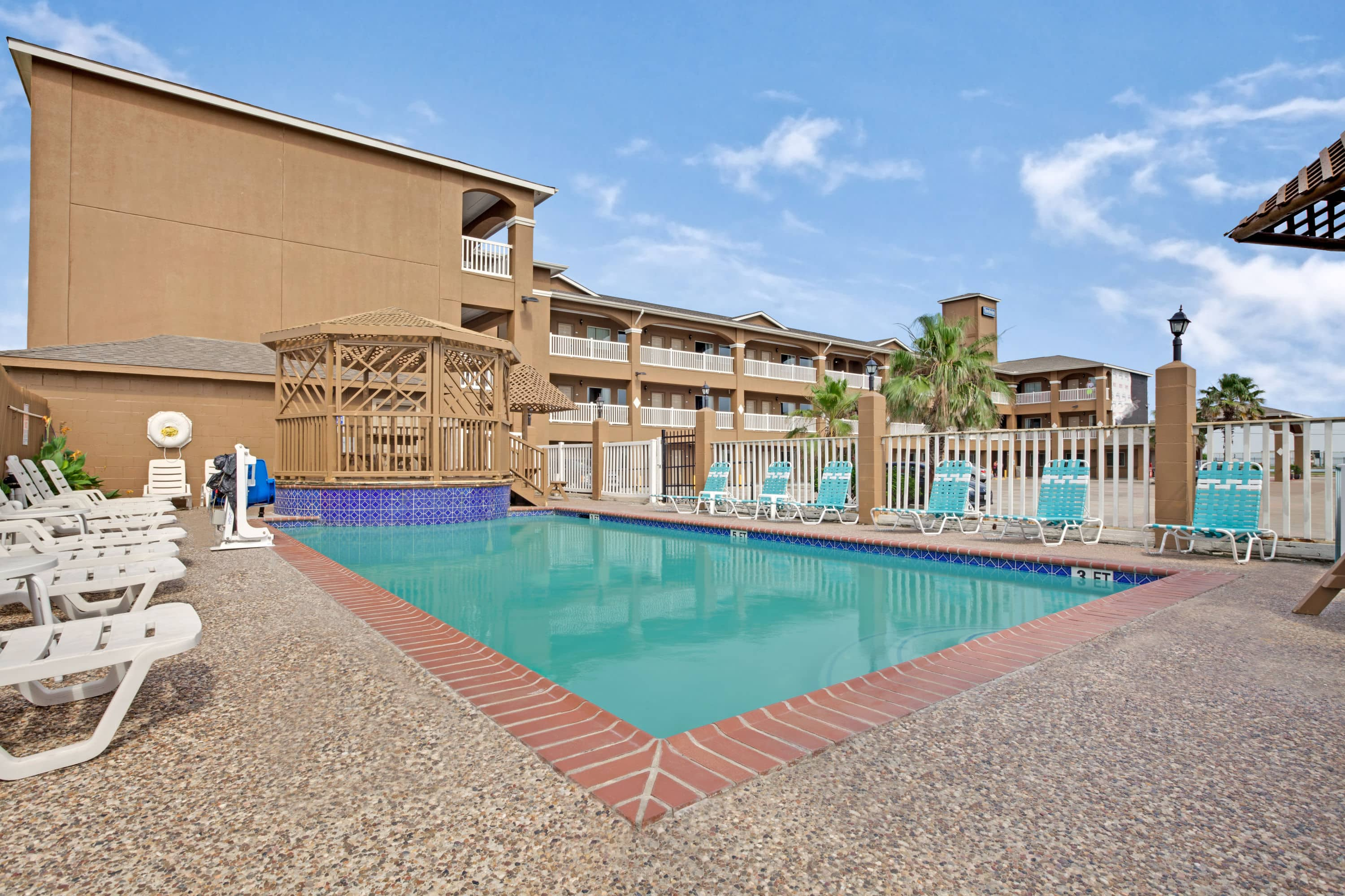 Travelodge by Wyndham Galveston Galveston Hotels TX 77550