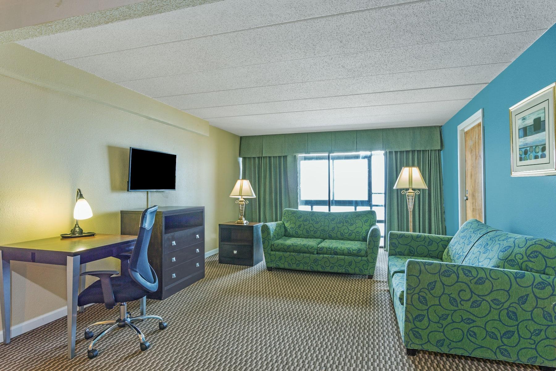 2 Bedroom Suites Virginia Beach Rooms