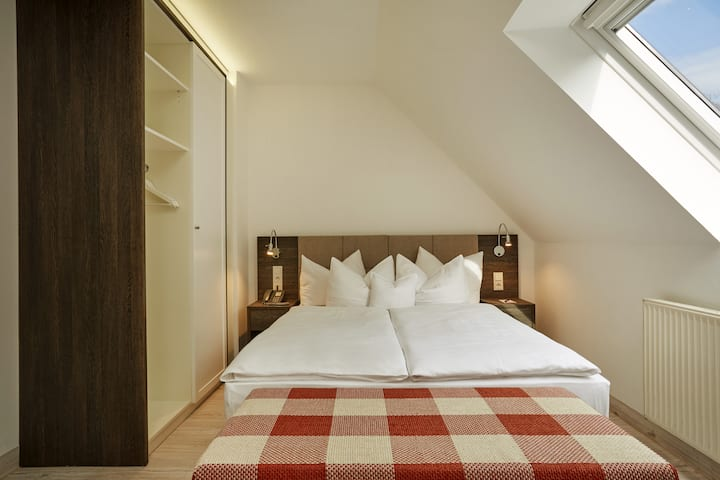 Guest room at the H+ Hotel Nuernberg in Nuernberg, Other than US/Canada