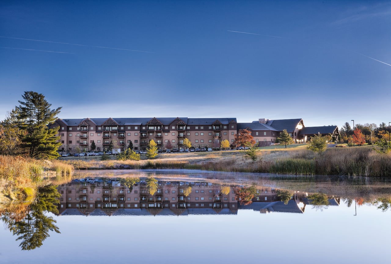 Wyndham Vacation Resorts at Glacier Canyon near Ho Chunk Casino