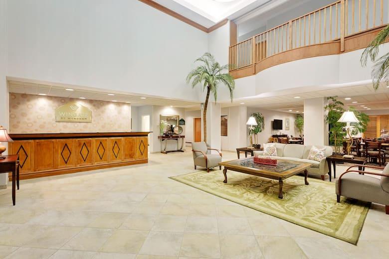 Wingate By Wyndham Destin Hotel Lobby In Florida