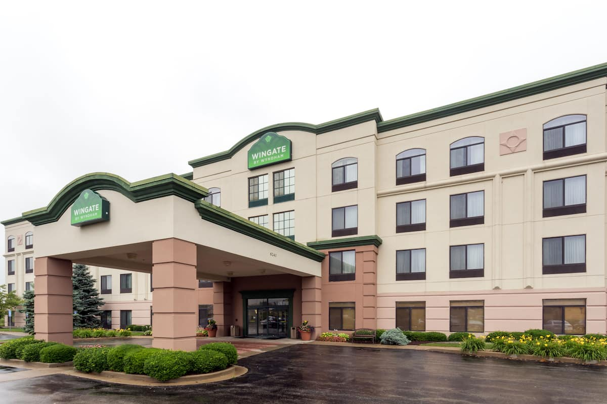 Exterior Of Wingate By Wyndham Indianapolis Northwest Hotel In Indiana