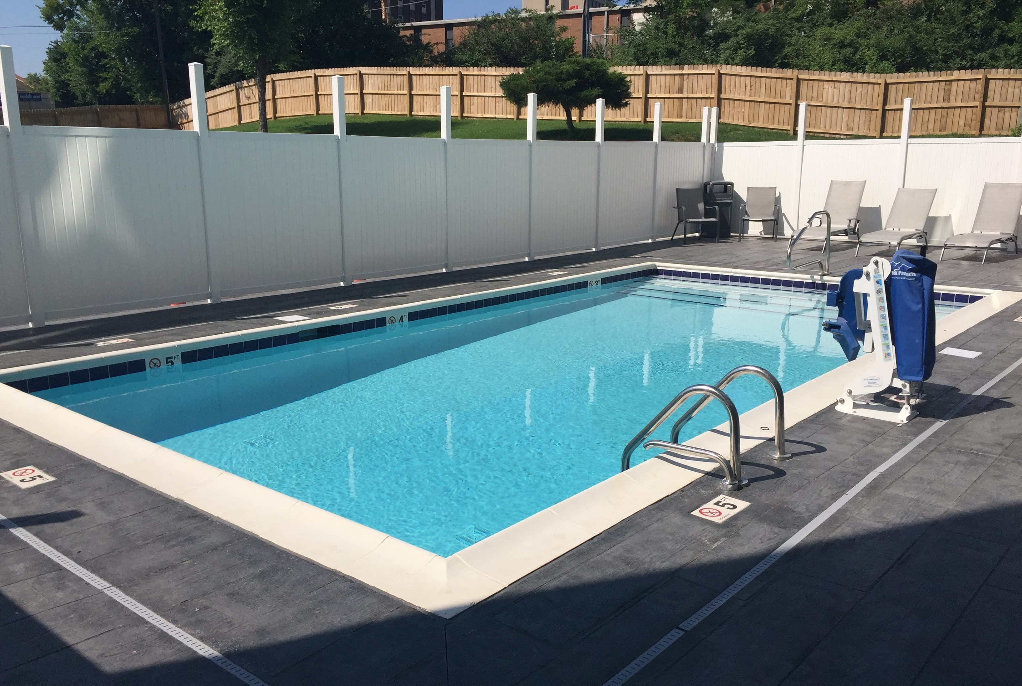 Wingate by Wyndham Louisville Fair and Expo | Louisville, KY ...