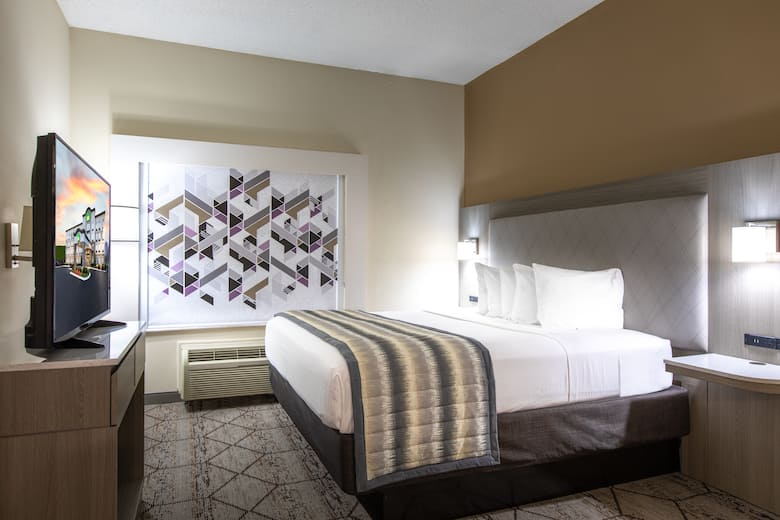 Guest Room At The Wingate By Wyndham Concord Charlotte Area In North Carolina