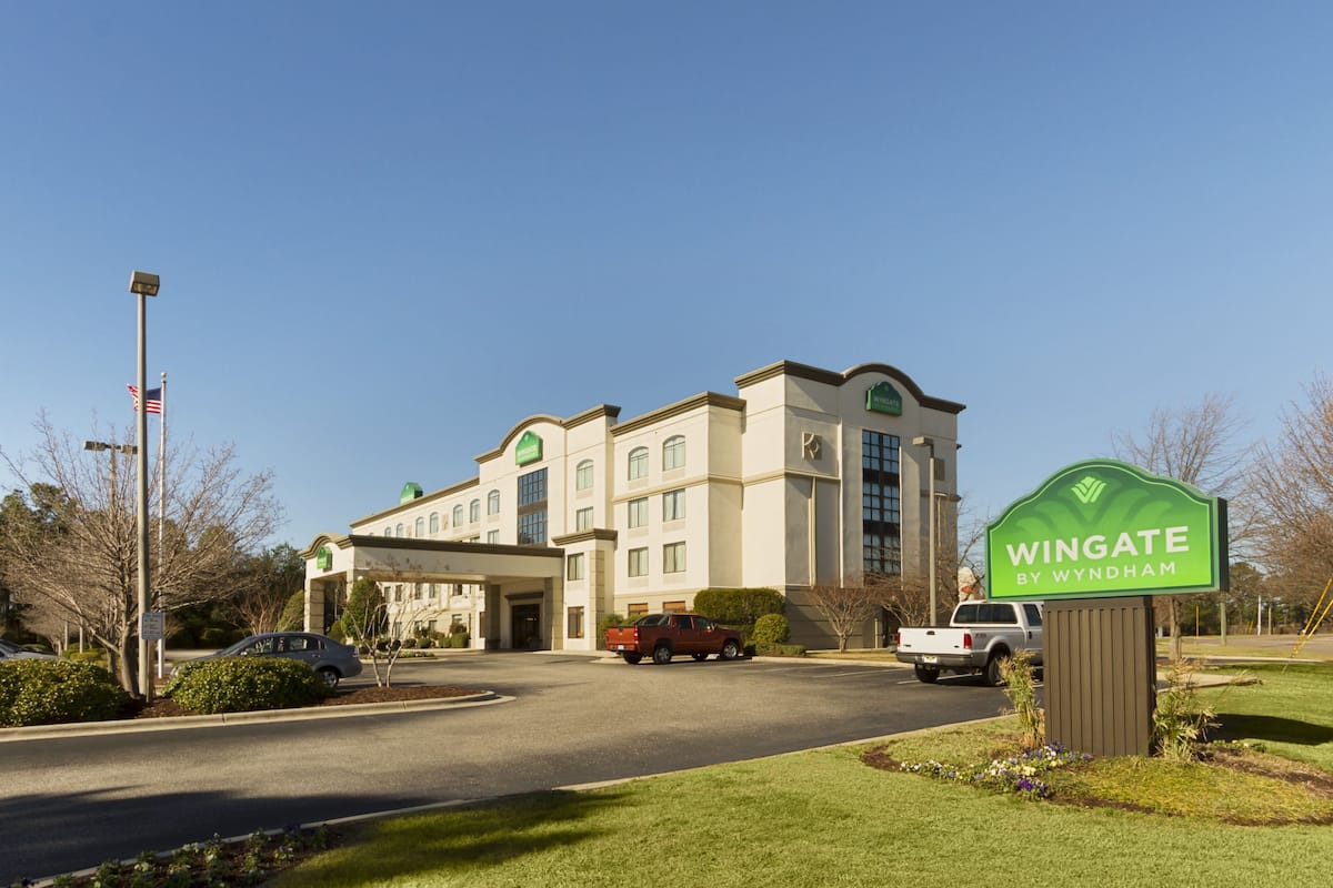 Exterior Of Wingate By Wyndham Fayetteville Fort Bragg Hotel In North Carolina