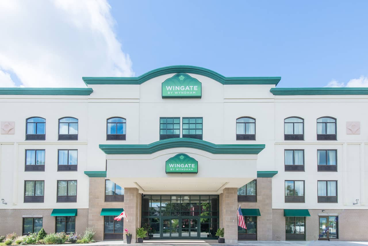 Wingate by Wyndham Niagara Falls in  Fort Erie,  Ontario
