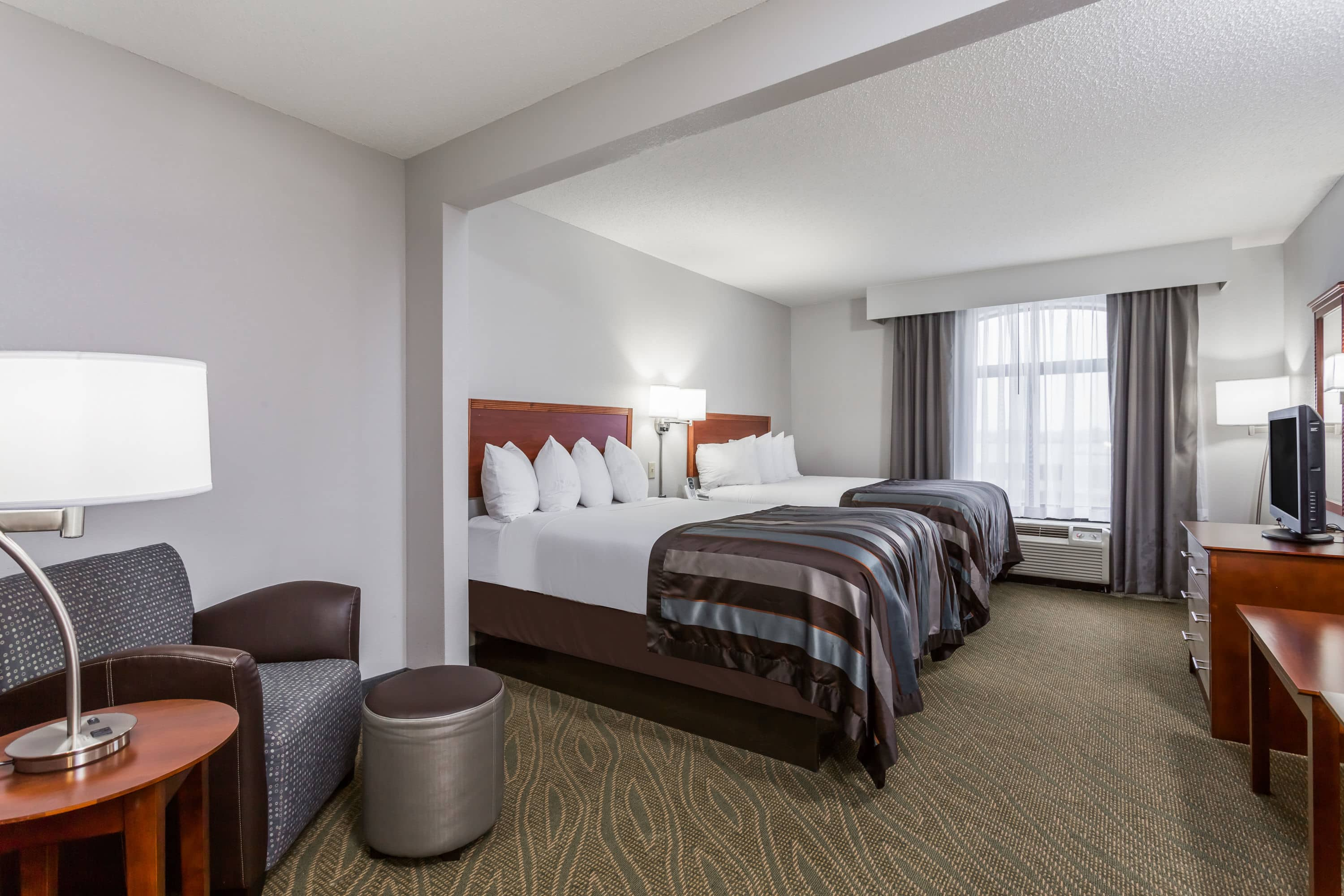 Guest Room At The Wingate By Wyndham Chesapeake In Chesapeake, Virginia